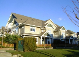 6300 London townhouse trim painting in Richmond BC